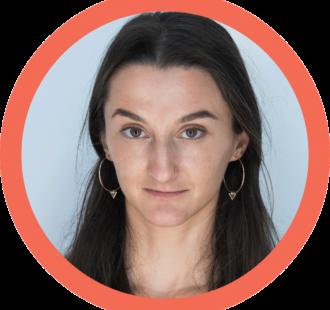 Ioana Hudita - Instructor de yoga